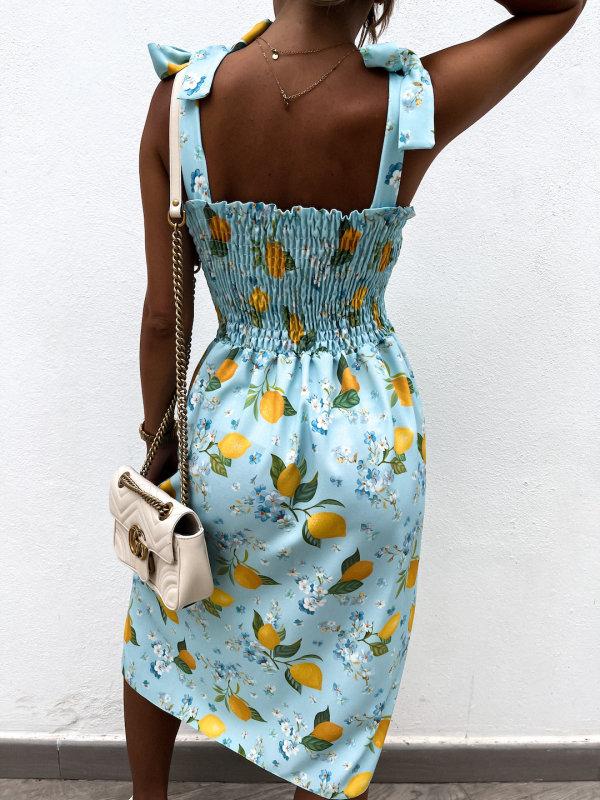 Sukienka w kwiaty z wiązanymi ramiączkami beige